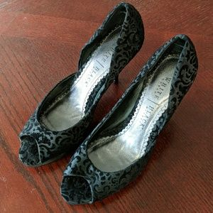 WHBM Black Heels Like New Size 7.5